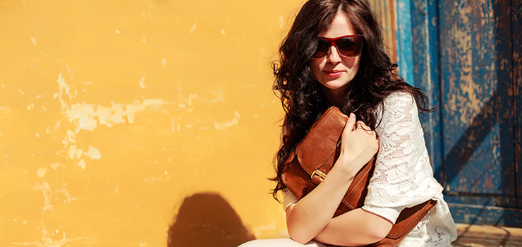 6 essential types of bags for women